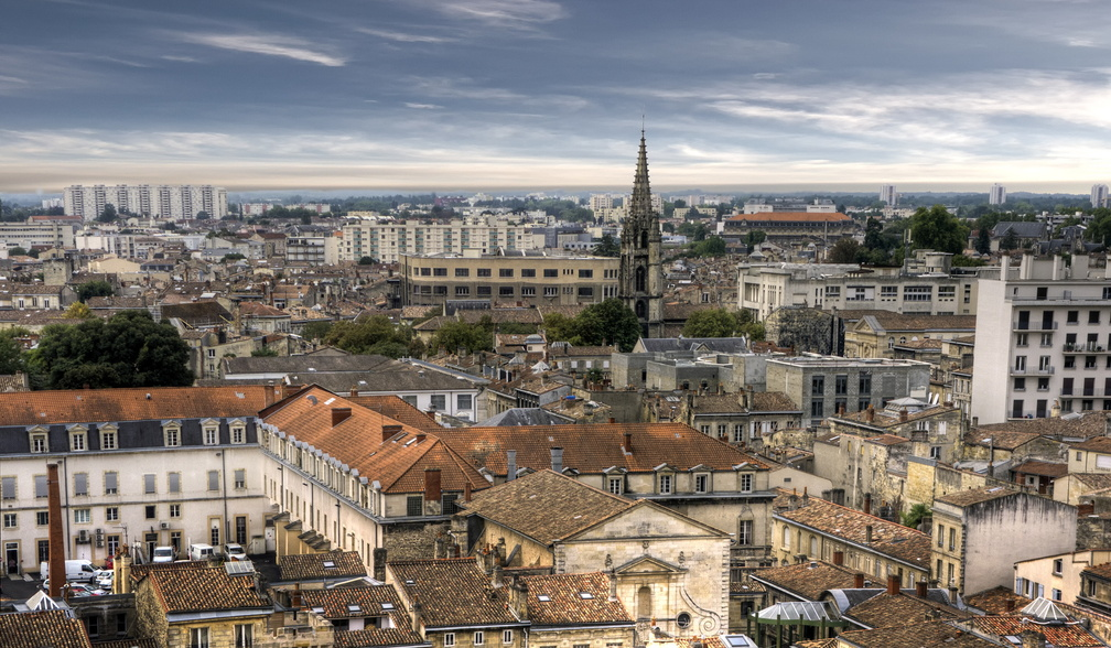 Bordeaux 33 - cathedrale - pano.jpg