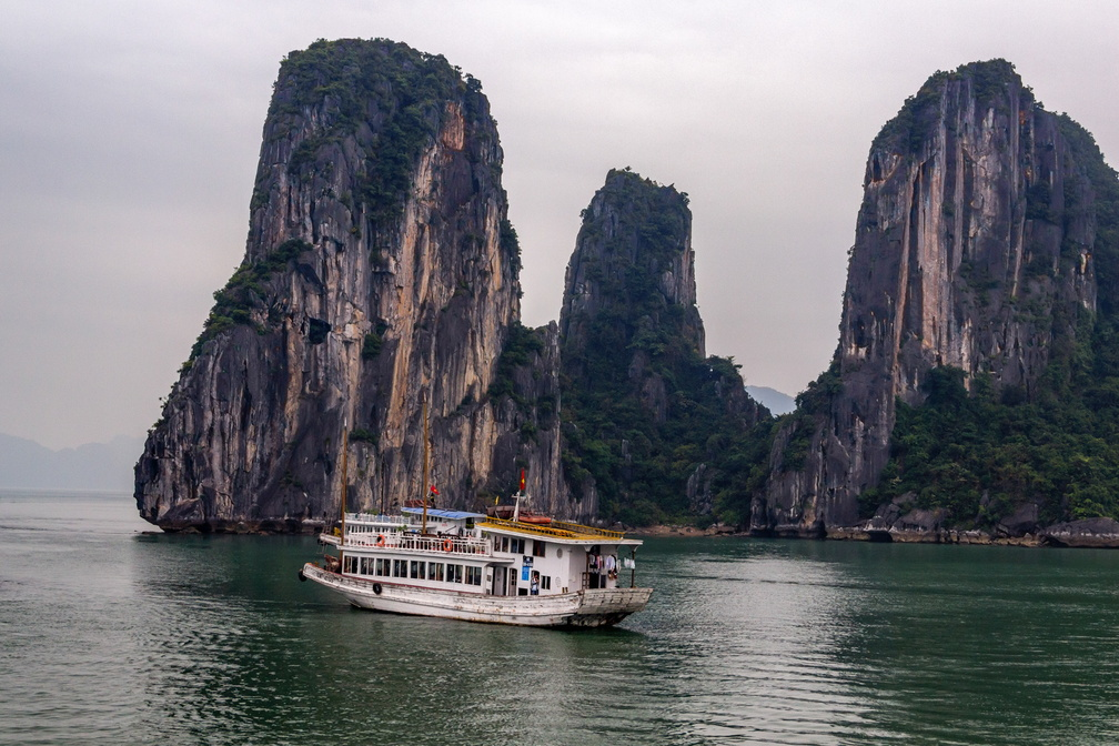 Halong - 220-edit.jpg